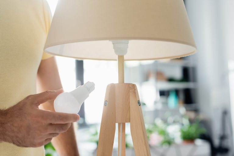 Mind your Pocket and the Planet: Ten Ways to Cut your Energy Bills
