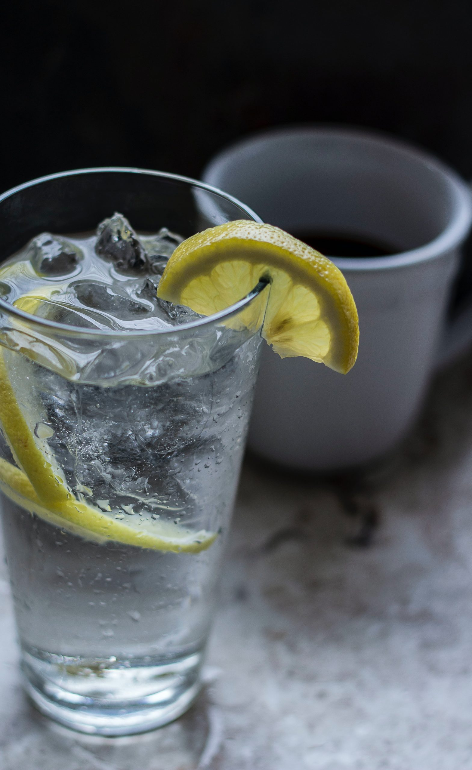 How to Start Your Day Right with a Lemon Water